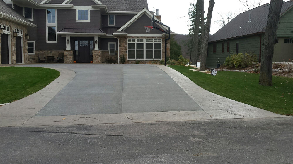 Lake DeNeveu House Driveway 2015 WRMCA Winner Photo